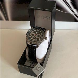 AUGUST STEINER Men's Classic AS8116BK Wrist Watch